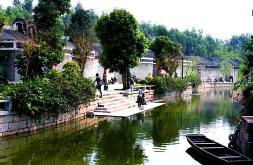 M线:金水台温泉、龙山国恩寺、中山故居、岭南水乡休闲二天