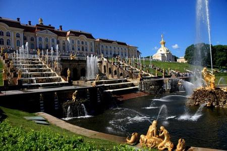 欧洲——莫斯科-圣彼得堡-金环-皇家庄园四飞四星品质深度八日游