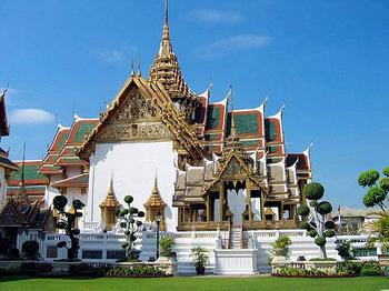 泰国清迈·清莱·兰纳古城龙昆寺·金三角·双龙寺·大象训练营五天品质团
