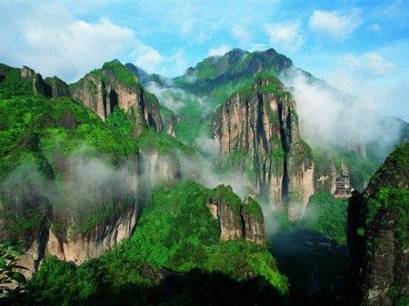 YD-02:温州雁荡山、楠溪江、长屿硐天三天双动车美景之旅