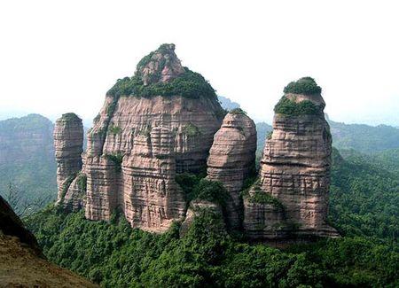 C2:世界自然遗产丹霞山、南华寺、入住丽宫温泉2天