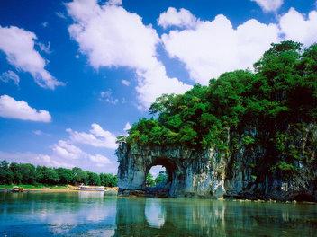 B线:【特惠】桂林阳朔大漓江内宾船木龙湖三天特惠高铁