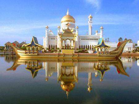 尊享文莱帝国酒店·水上人家/沙巴双岛游·红树林龙尾湾6天5晚尊贵之旅