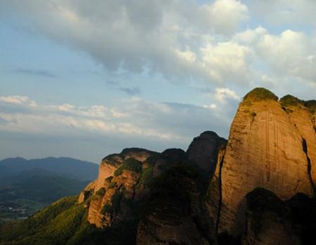 E线:【河源】小武当山、江西东江源、三百山国家森林公园、 热泉河汤谷两日