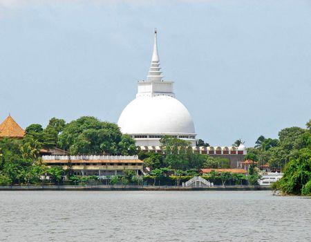 斯里兰卡6天5晚圣城古迹+海滨小火车度假之旅