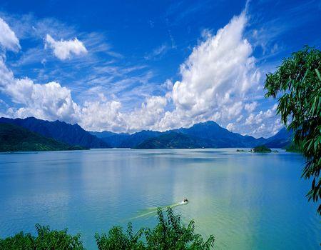 春节 郴州•莽山•温泉•东江湖 挥杆高尔夫•三文鱼宴•豪华五星高铁三天
