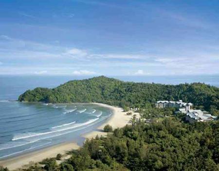 文莱水上人家/沙巴沙比岛浮潜游/五星香格里拉丹绒亚路酒店下午茶五天度假团