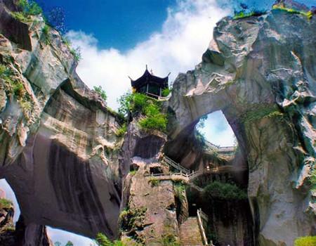 YD-03:温州雁荡山、长屿硐天、横店影视城四天双动梦幻之旅