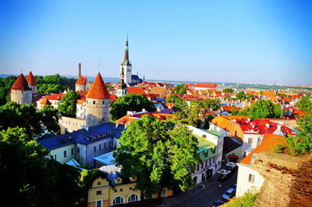 C;俄罗斯、芬兰、瑞典、挪威、丹麦、爱沙尼亚 6国12天