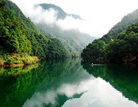 D线:【江西】河源九连山原始度假村、月鸣湖环湖、攀登小武当山、江西三百