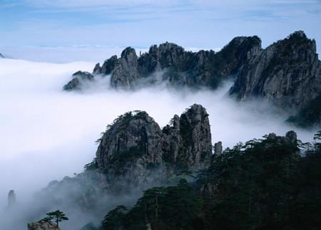 B线:(品质游)黄山、水墨宏村、西递塔川、屯溪老街双飞四天团