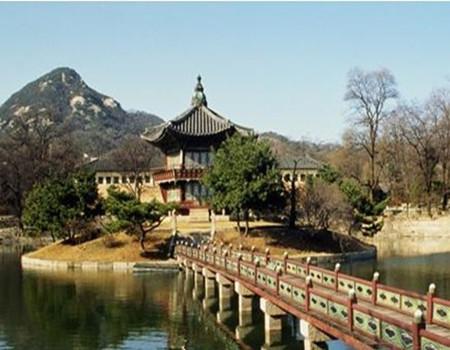 D;韩国首尔济州岛乐天豪华五天团(香港往返)