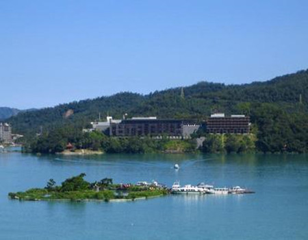 X;澳门往返直航•送两晚五花酒店•台湾六天游