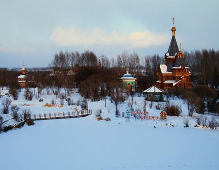 X-A1线:中国雪乡·国际滑雪中心亚布力·冰雪大世界·冰雪画廊·哈尔滨松花江冬捕双飞五日游(0购物)