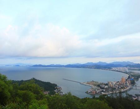 T:【双月湾二天】惠东海滨温泉.双月湾观景台.出海捕鱼.《海味霸王鸭》2天美食游