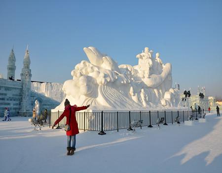 XB-D2:【冰雪共舞】冰城哈尔滨.中国童话雪乡.雪域长白山.吉林雾凇幻境.万科滑雪中心东北全景双飞六日游