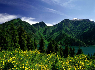 XY.B1: 新疆-吐鲁番-火焰山-坎儿井-库木塔格沙漠-天山天池双飞7天高端团