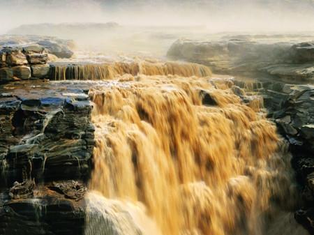 X:雨岔大峡谷.壶口瀑布.云丘山.乾坤湾.梁家河.延安双飞6天深度游
