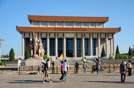 K06-4(四星标准)北京故宫八达岭长城北海圆明园六天双飞团(北京往返)
