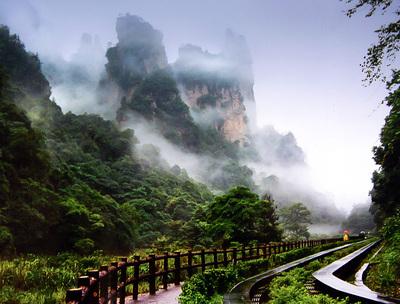 X-A:【经典】张家界森林公园·大峡谷玻璃桥品质五星高铁四日游(纯玩.零自费)