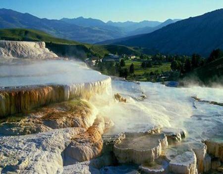 Z-加拿大东西岸及落基山脉五大国家公园+冰原雪车13天精品团