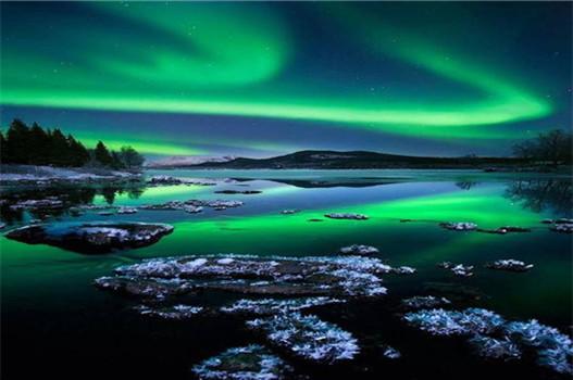 Y;芬兰玻璃屋极地探险号破冰船极光一价全包9天