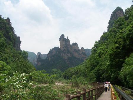 Y-S2:凤凰古城·苗寨·芙蓉镇·天门山·4天游