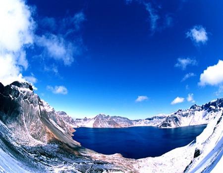 X-V2线:哈尔滨·雪乡·冰雪大世界·亚布力·雪人谷 ·梦幻家园·二人转·雪地摩托·马拉爬犁双飞五天