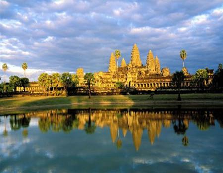 Z:柬埔寨+老挝+越南三国连游九天休闲之旅(广州往返*全程当地四星)