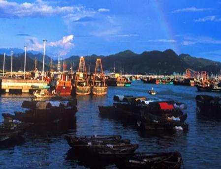 阳江十里银滩海滨浴场、渔家乐游船食《黄鳝饭》《鱼排特色餐》2日游