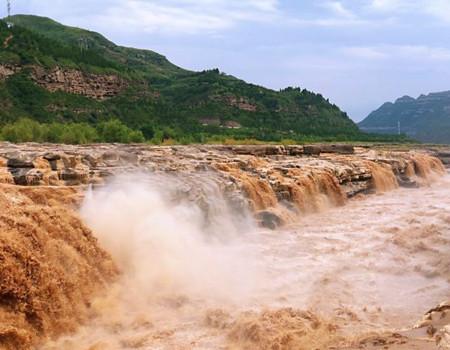X;雨岔大峡谷.壶口瀑布.云丘山.乾坤湾.梁家河.延安双飞6天深度游