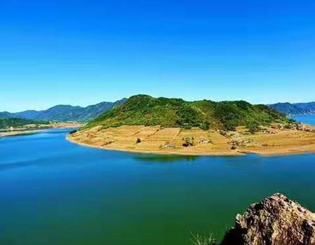 X-特色环线;哈尔滨.扎龙自然保护区.五大连池.林都伊春双飞6日游